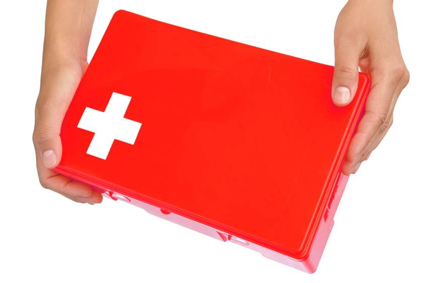 Emergency kit basics for dental practices